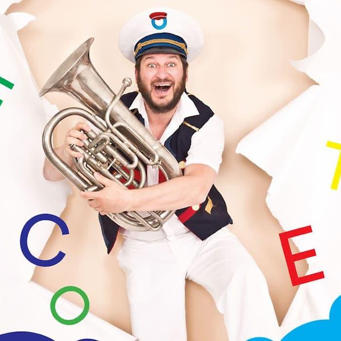 Kapitein Winokio: Berenconcerten met o.a. Kenji Minogue, Johannes Genard, (School Is Cool), Frank De Ruyter en Geert Van Rampelberg