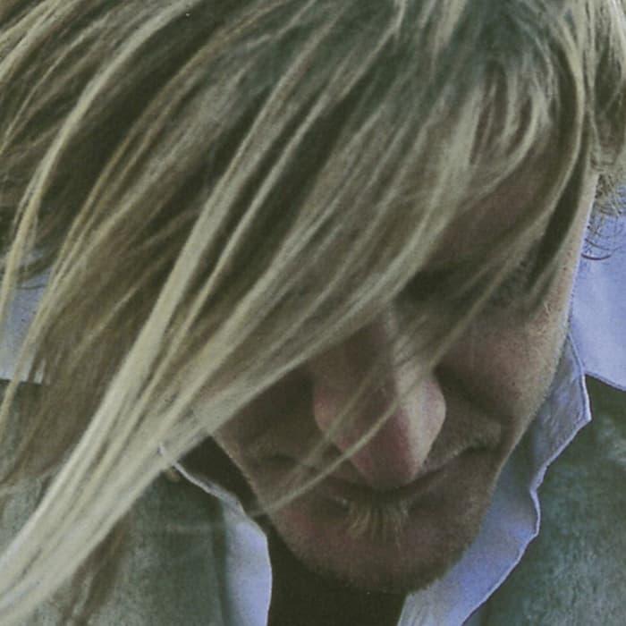 Rewind: Ozark Henry plays 'Birthmarks' (2001)